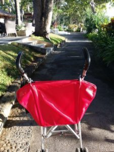 The red mistake - taking the stroller instead of the backpack
