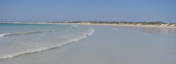 Cable Beach to Gantheaume Point return, top walks in Broome